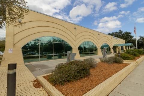 Webb Wesconnett Regional exterior